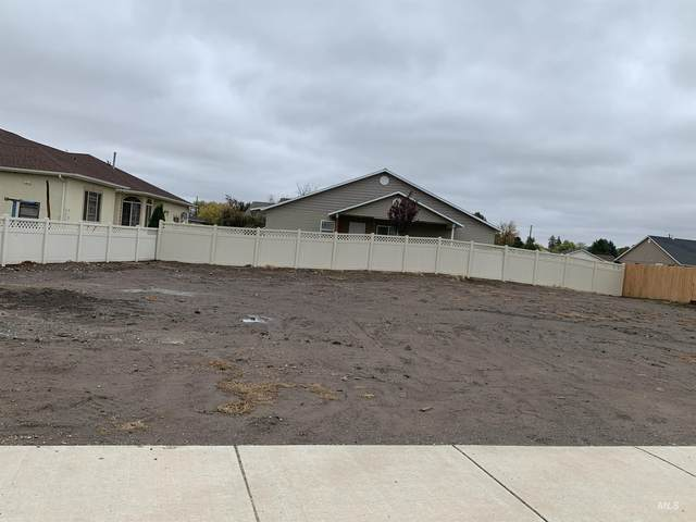 1528 Marie Drive, Gooding, ID 83330 (MLS #98821983) :: Boise River Realty