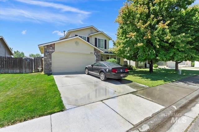 2103 N Cougar Way, Meridian, ID 83646 (MLS #98821996) :: Bafundi Real Estate