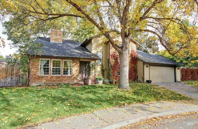 5646 W Fortress Ct, Boise, ID 83703 (MLS #98822006) :: Navigate Real Estate