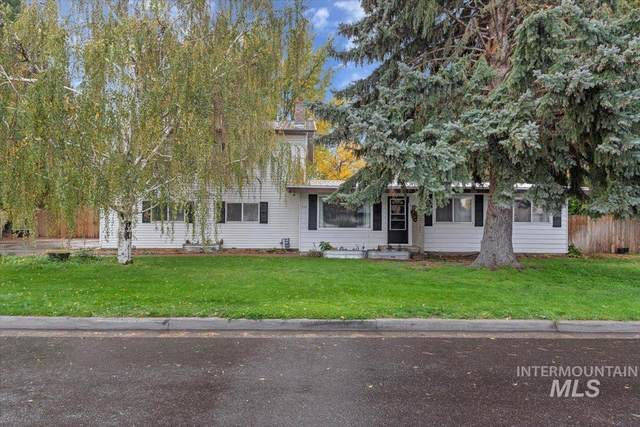 725 E 16th Ave, Jerome, ID 83338 (MLS #98822032) :: Team One Group Real Estate