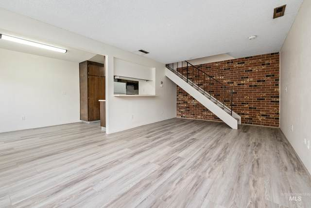 5258 W Kootenai St 11-C, Boise, ID 83705 (MLS #98822152) :: Team One Group Real Estate