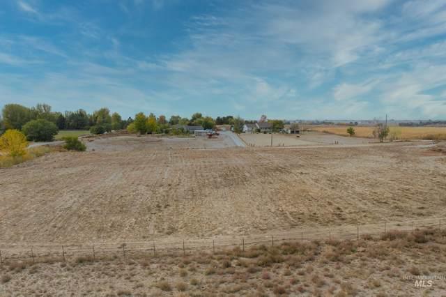 9753 Gloria Lane, Middleton, ID 83644 (MLS #98822217) :: Idaho Real Estate Advisors