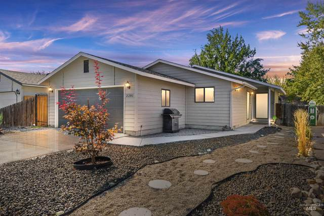 2281 NW 10th Avenue, Meridian, ID 83646 (MLS #98822232) :: Navigate Real Estate