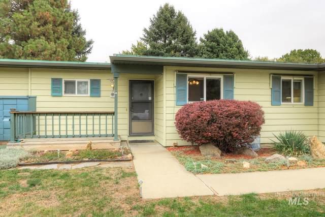8040 W Crestwood Dr., Boise, ID 83704 (MLS #98822315) :: Idaho Life Real Estate
