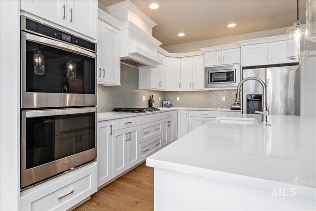 9146 W Stirrup Dr, Boise, ID 83709 (MLS #98822348) :: Michael Ryan Real Estate