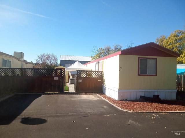 207 E 40TH #3, Garden City, ID 83714 (MLS #98822425) :: Michael Ryan Real Estate
