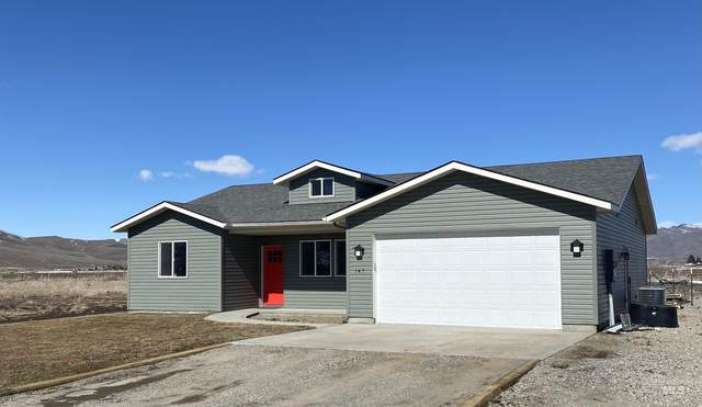 110 Railroad St., Fairfield, ID 83327 (MLS #98822478) :: Minegar Gamble Premier Real Estate Services