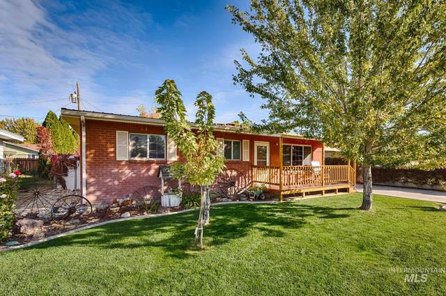 1716 E Lincoln Ave, Nampa, ID 83686 (MLS #98822507) :: Hessing Group Real Estate