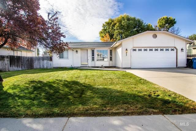 203 Applewood Circle, Nampa, ID 83686 (MLS #98822508) :: Epic Realty