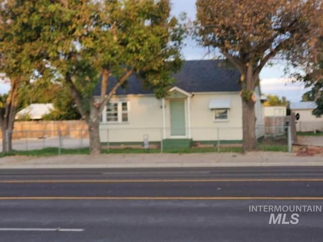 208 N Whitley Dr, Fruitland, ID 83619 (MLS #98822568) :: The Bean Team