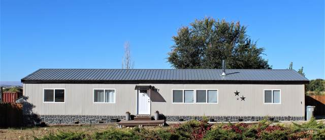 57 S Robinson Rd, Nampa, ID 83687 (MLS #98822575) :: Hessing Group Real Estate