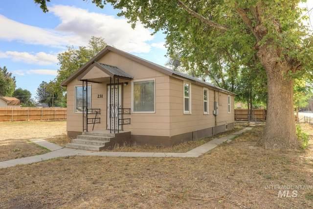 231 California, Homedale, ID 83628 (MLS #98822624) :: Bafundi Real Estate