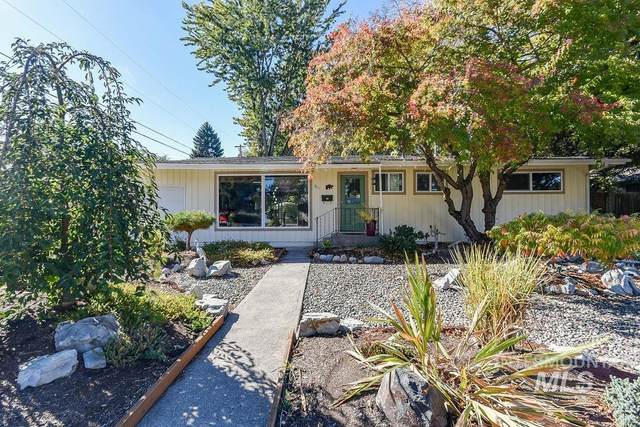 811 Blaine, Moscow, ID 83843 (MLS #98822696) :: Juniper Realty Group