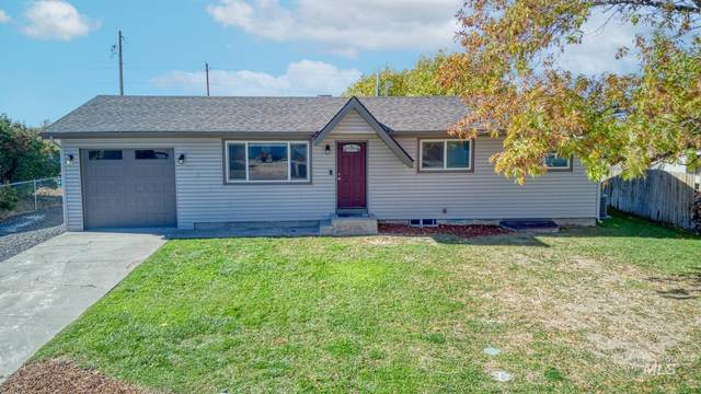 1860 Skylane Dr, Twin Falls, ID 83301 (MLS #98822816) :: Team One Group Real Estate