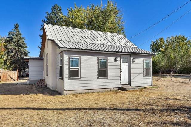 602 N Wardwell Ave, Emmett, ID 83617 (MLS #98822832) :: Jon Gosche Real Estate, LLC