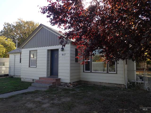 917 Sycamore St, Clarkston, WA 99403 (MLS #98822854) :: Beasley Realty