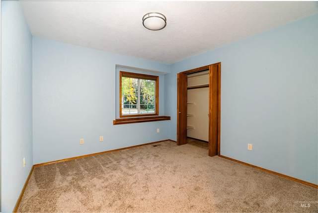 1201 E Oakridge Drive, Boise, ID 83716 (MLS #98822931) :: Full Sail Real Estate