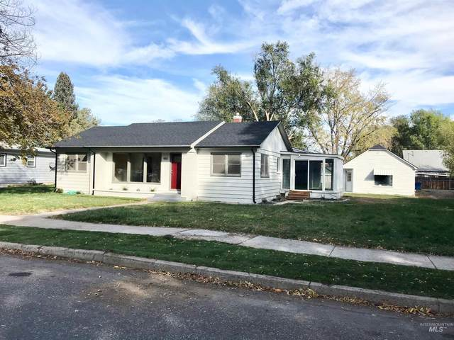 480 N 8th East, Mountain Home, ID 83647 (MLS #98822955) :: Boise River Realty