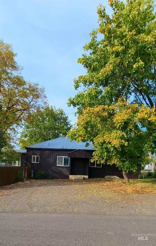 407 E Whiteley A & B, Council, ID 83612 (MLS #98823000) :: Minegar Gamble Premier Real Estate Services