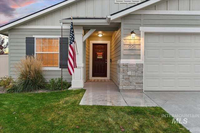 221 W Striped Owl St., Kuna, ID 83634 (MLS #98823128) :: Full Sail Real Estate