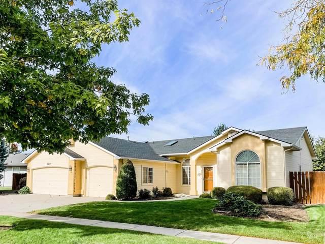 120 S Silverwood Way, Eagle, ID 83616 (MLS #98823213) :: Full Sail Real Estate