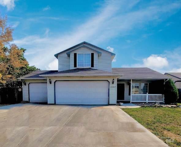 2707 E Sandgate, Nampa, ID 83686 (MLS #98823274) :: Rocky Mountain Real Estate Brokerage