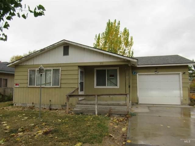 210 W California, Homedale, ID 83628 (MLS #98823290) :: Beasley Realty
