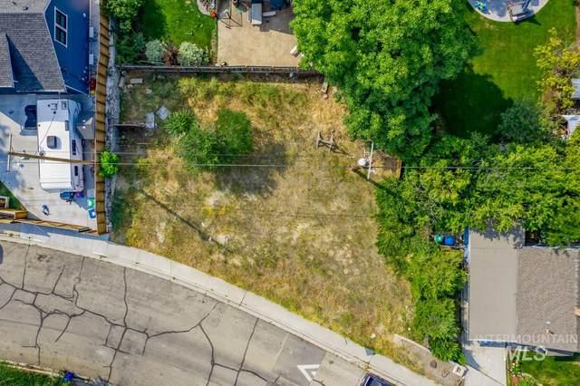 411 W Sherman St, Boise, ID 83702 (MLS #98823375) :: Minegar Gamble Premier Real Estate Services