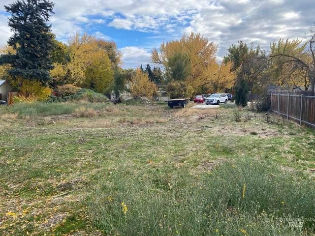 2500 W Dewey, Boise, ID 83702 (MLS #98823463) :: Minegar Gamble Premier Real Estate Services