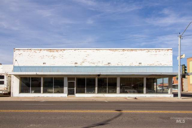 202 W Main St, Burley, ID 83318 (MLS #98823485) :: City of Trees Real Estate