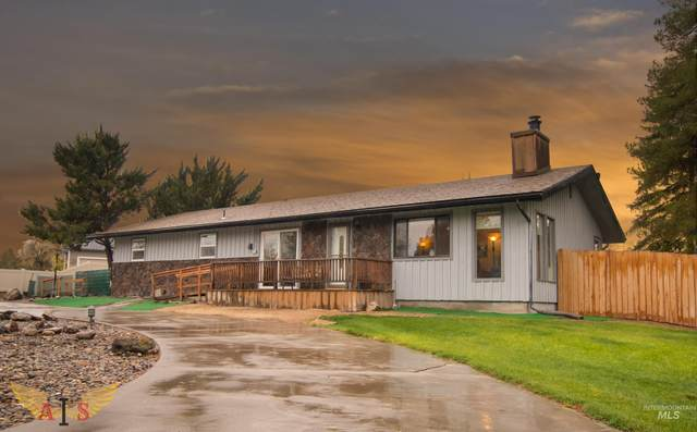 3705 Vista Grande Lane, Twin Falls, ID 83301 (MLS #98823492) :: Boise River Realty