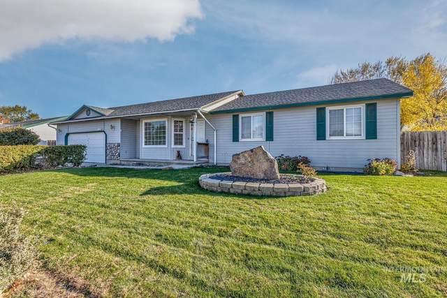 1004 Braeburn, Fruitland, ID 83619 (MLS #98823520) :: Minegar Gamble Premier Real Estate Services
