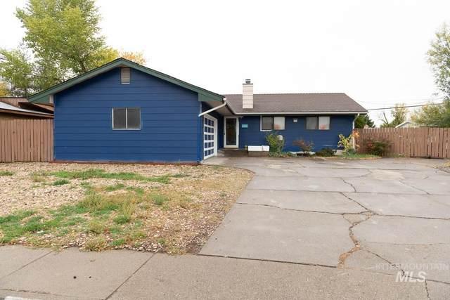 715 E 16th N, Mountain Home, ID 83647 (MLS #98823526) :: Minegar Gamble Premier Real Estate Services