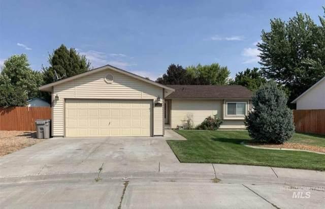 1550 Magnolia, Mountain Home, ID 83647 (MLS #98823632) :: Minegar Gamble Premier Real Estate Services