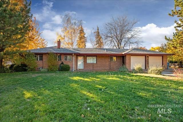 2042 Falls Ave, Twin Falls, ID 83301 (MLS #98823701) :: Beasley Realty