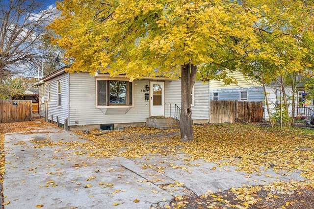 375 Monroe  St, Twin Falls, ID 83301 (MLS #98823733) :: Beasley Realty