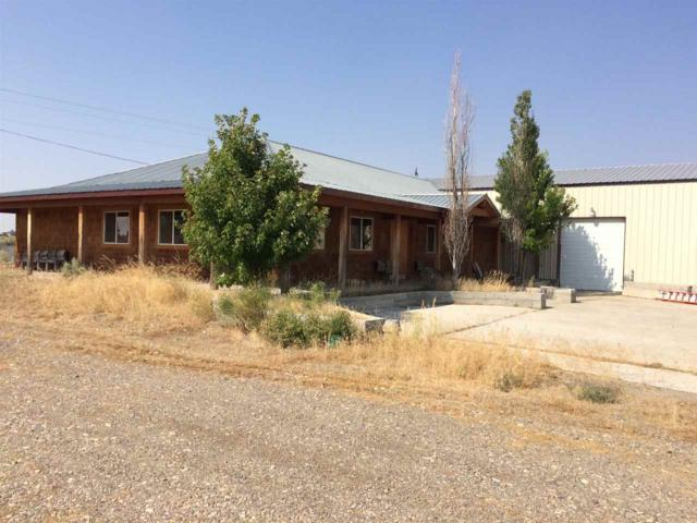 145 N Highway 75, Shoshone, ID 83352 (MLS #98672554) :: Boise River Realty