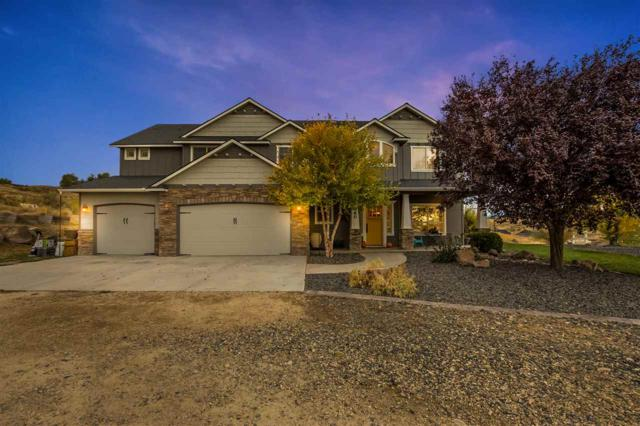 24660 Star Crest Ct, Middleton, ID 83644 (MLS #98673583) :: Jon Gosche Real Estate, LLC