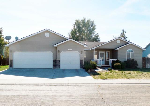 1061 NW Pintail, Mountain Home, ID 83647 (MLS #98673623) :: Boise River Realty