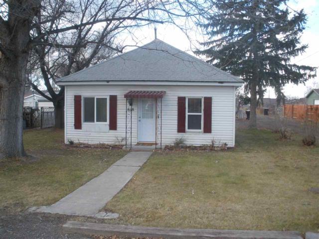 818 Robertson St, Buhl, ID 83316 (MLS #98677258) :: Zuber Group