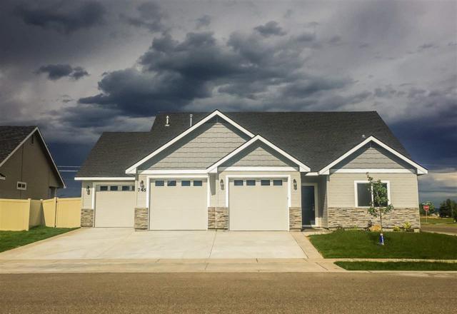 1231 Tamarack Street, Fruitland, ID 83619 (MLS #98681682) :: Jon Gosche Real Estate, LLC