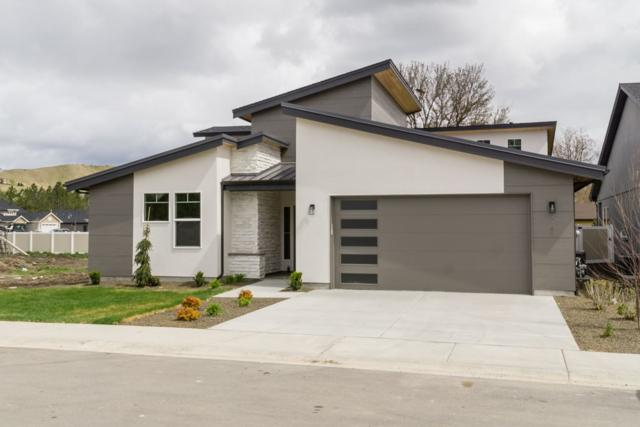 5744 N Portsmouth Ave, Boise, ID 83714 (MLS #98682470) :: Zuber Group
