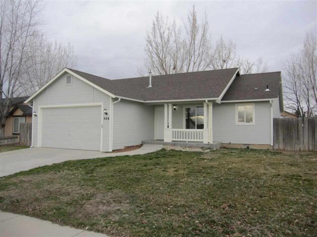 948 W. Gold, Kuna, ID 83634 (MLS #98682758) :: Build Idaho