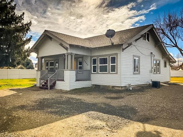 2000 7th Avenue North, Payette, ID 83661 (MLS #98683912) :: Zuber Group