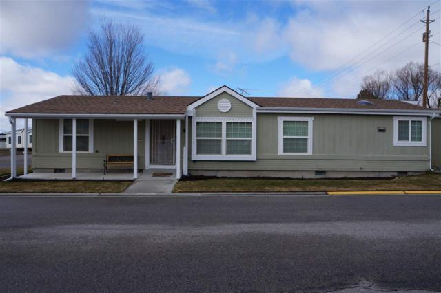 1301 S Constitution Ln, Emmett, ID 83617 (MLS #98684098) :: Zuber Group