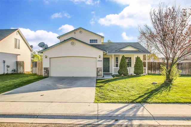 19849 Montclair, Caldwell, ID 83605 (MLS #98689468) :: Synergy Real Estate Services at Idaho Real Estate Associates