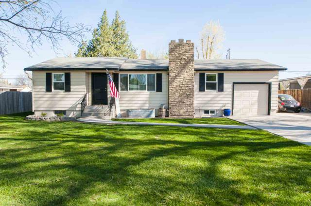 410 W Hazel, Caldwell, ID 83605 (MLS #98689498) :: Synergy Real Estate Services at Idaho Real Estate Associates