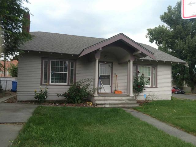 602 2nd Ave E, Twin Falls, ID 83301 (MLS #98696145) :: Team One Group Real Estate