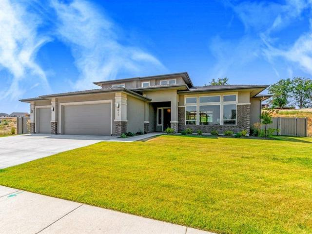 411 E Palermo Drive, Meridian, ID 83642 (MLS #98697768) :: Team One Group Real Estate