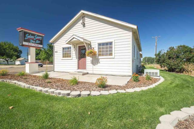 411 S Whitley, Fruitland, ID 83619 (MLS #98697794) :: Full Sail Real Estate